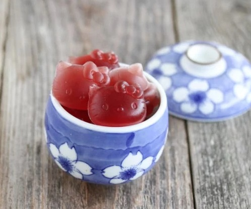 Hello Kitty Juice Fruit Snacks