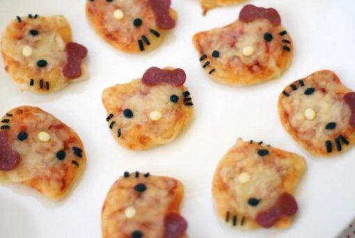 Hello Kitty mini pizzas