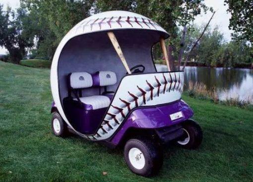Baseball-shaped gold buggy