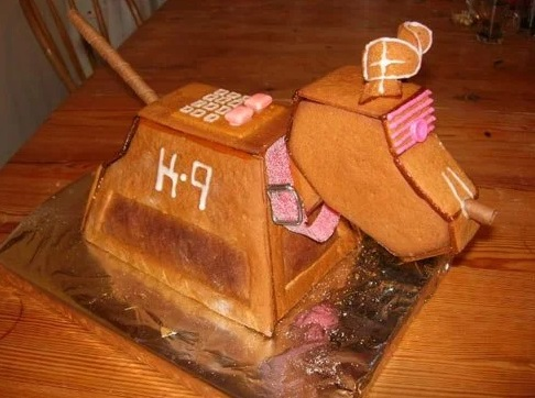 Gingerbread Doctor Who K9