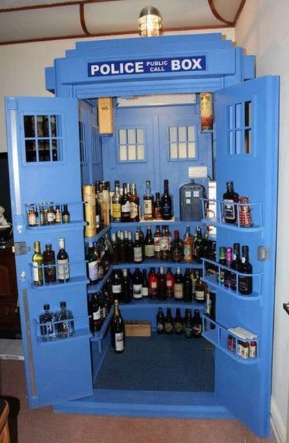 Tardis drinks cabinet