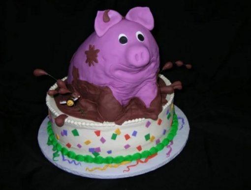 Realistic Looking Pig in mud Cake