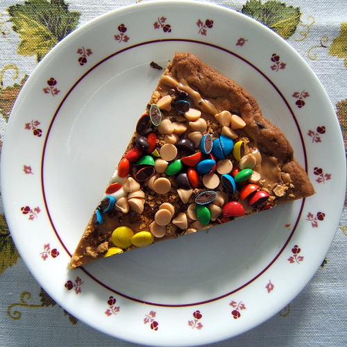 Top 10 creative and unusual dessert pizza recipes for Best dessert recipes in the world