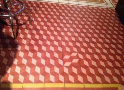 OCD test: one tile is facing the wrong direction