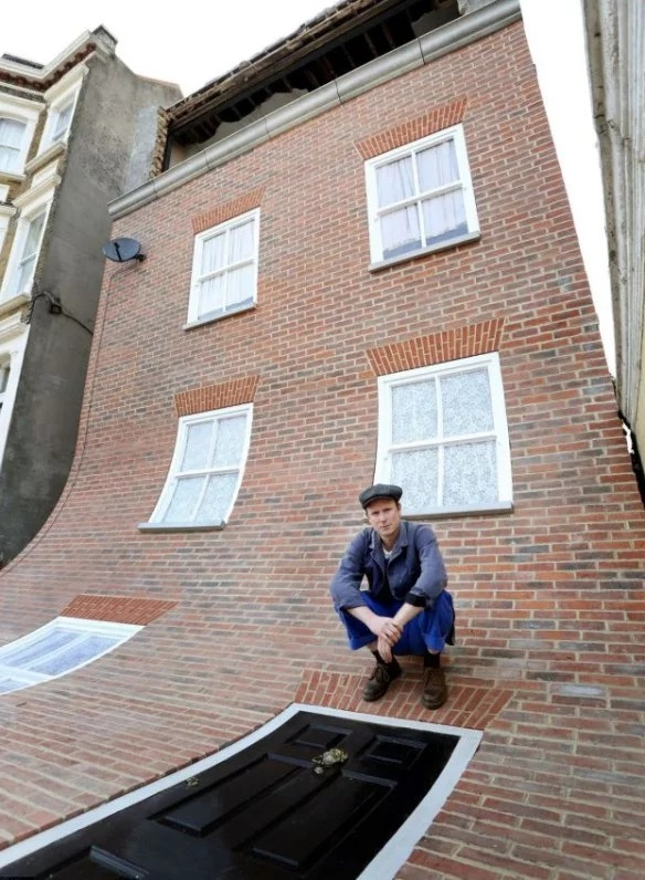 """Alex Chinneck's """"From the knees of my nose to the belly of my toes"""""""