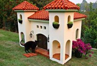 Top 10 Amazing Luxury Pet Houses
