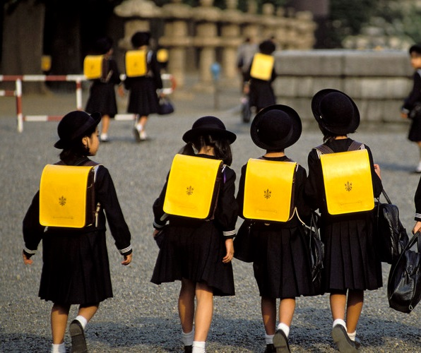 Here are the Top 10 Reasons School Uniforms Should Be Mandatory at every school, everywhere.