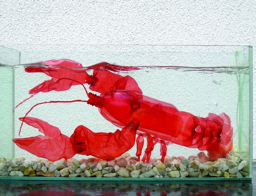 Top 10 amazing sculptures made from plastic bottles for Art made from plastic bottles