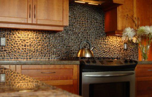 Kitchen Splash Back Made From Pebbles