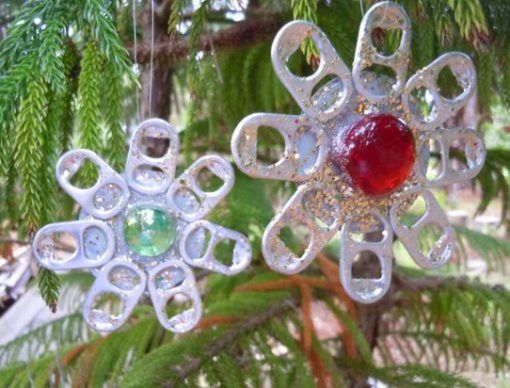 Drinks Can Ringpulls Recycled Into Christmas Tree Decorations