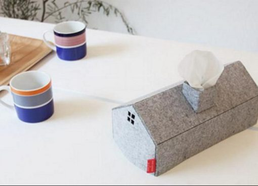 House/Home Tissue Holder