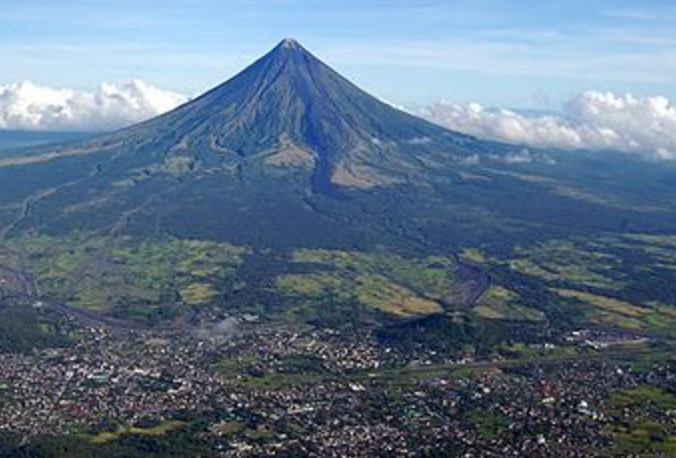 The Top 10 Highest Active Volcanoes in the Entire World